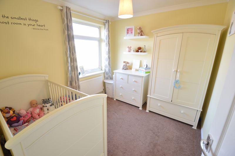 3 bedroom Semi-Detached  to buy in Waddesdon Close, Luton - Photo 10