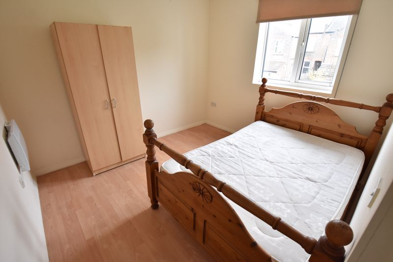 9 bedroom Flat to rent in Frederick Street, Luton - Photo 6