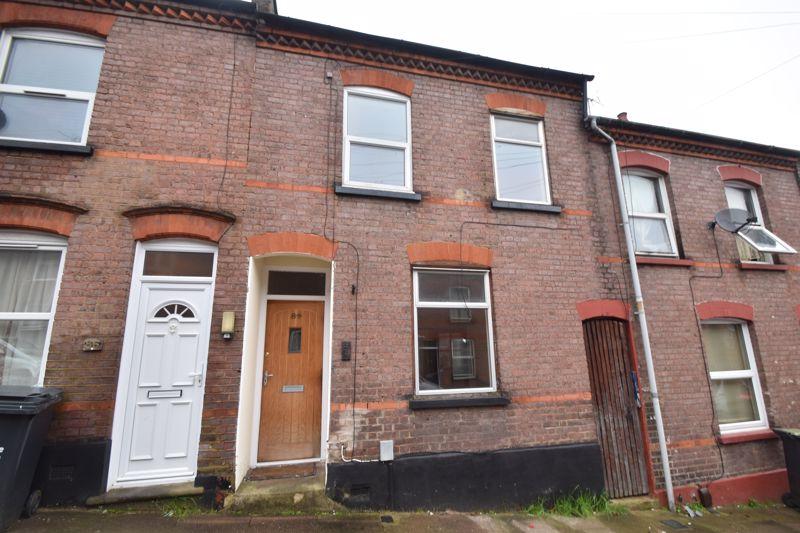 2 bedroom Mid Terrace to buy in Cambridge Street, Luton