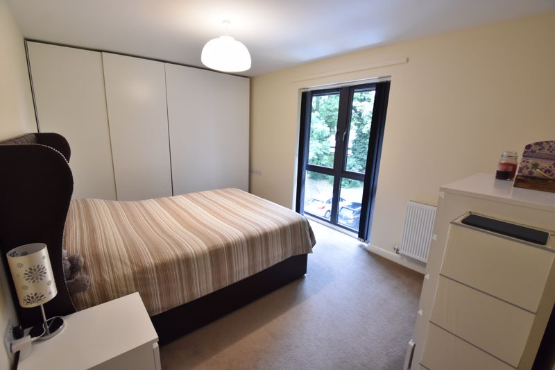 2 bedroom Flat to rent in Jonathan Henry Place, Luton - Photo 5
