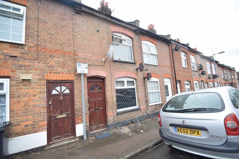 2 bedroom Mid Terrace to rent in Arthur Street, Luton - Photo 7