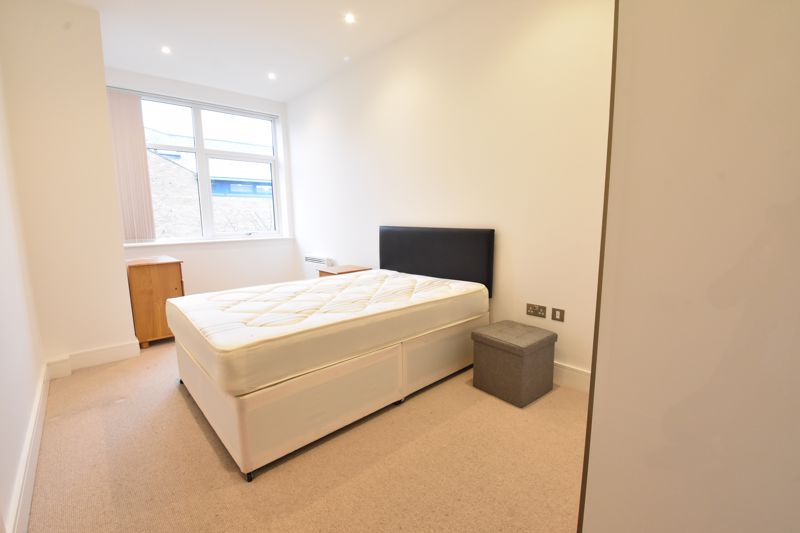 1 bedroom Apartment / Studio to buy in Flowers Way, Luton - Photo 7