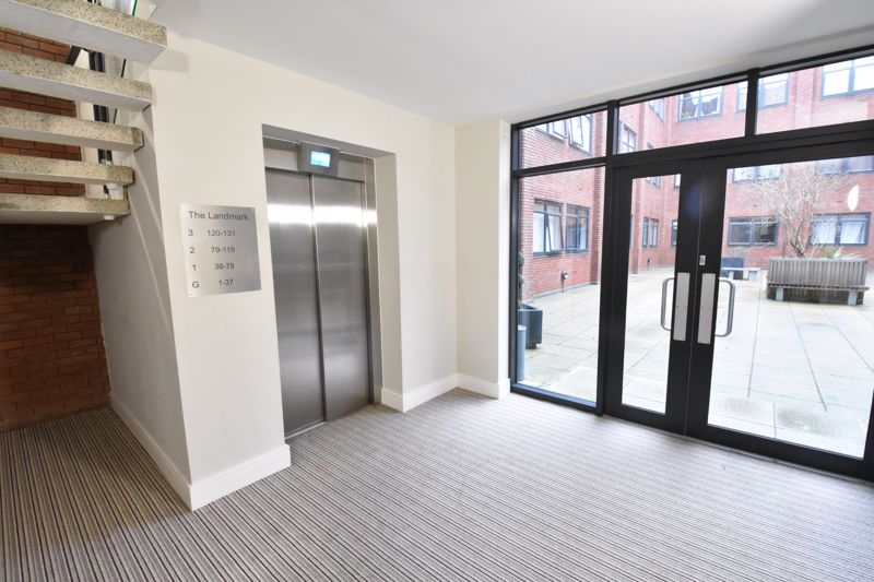1 bedroom Apartment / Studio to buy in Flowers Way, Luton - Photo 16