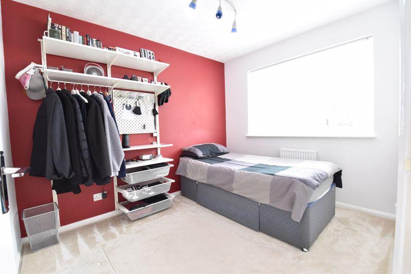 3 bedroom Detached  to buy in Chalkdown, Luton - Photo 1