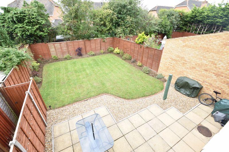 3 bedroom Detached  to buy in Chalkdown, Luton - Photo 3