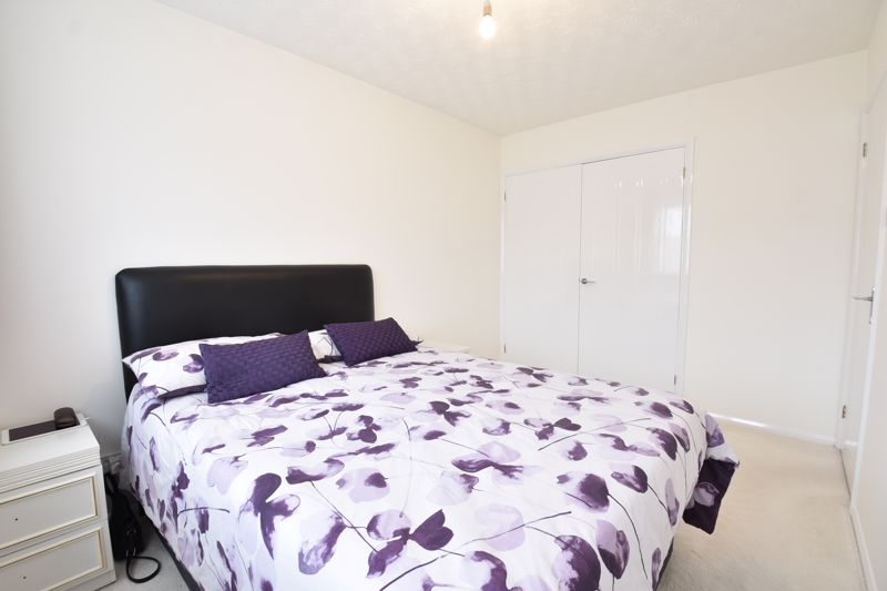 3 bedroom Detached  to buy in Chalkdown, Luton - Photo 6