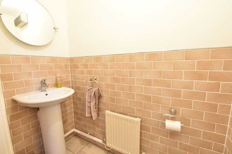 3 bedroom Detached  to buy in Chalkdown, Luton - Photo 12