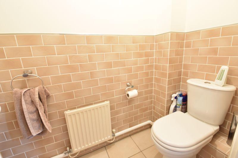 3 bedroom Detached  to buy in Chalkdown, Luton - Photo 13