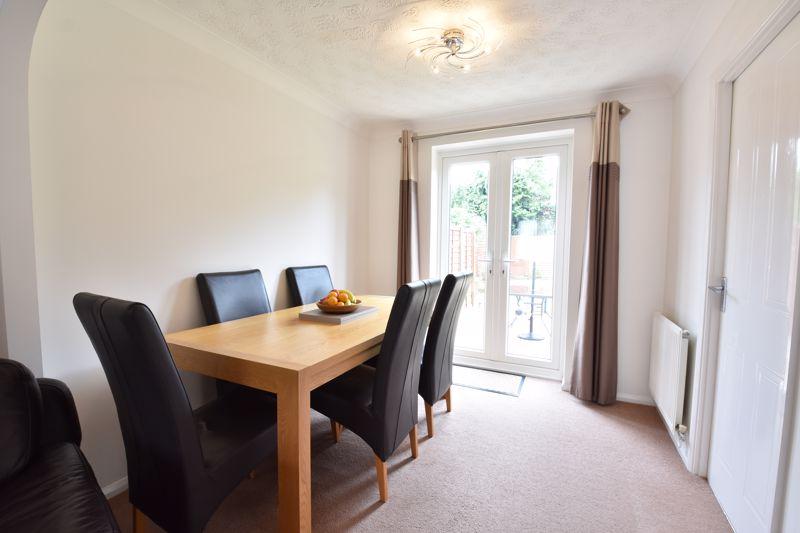 3 bedroom Detached  to buy in Chalkdown, Luton - Photo 14