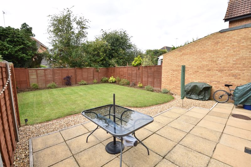 3 bedroom Detached  to buy in Chalkdown, Luton - Photo 19