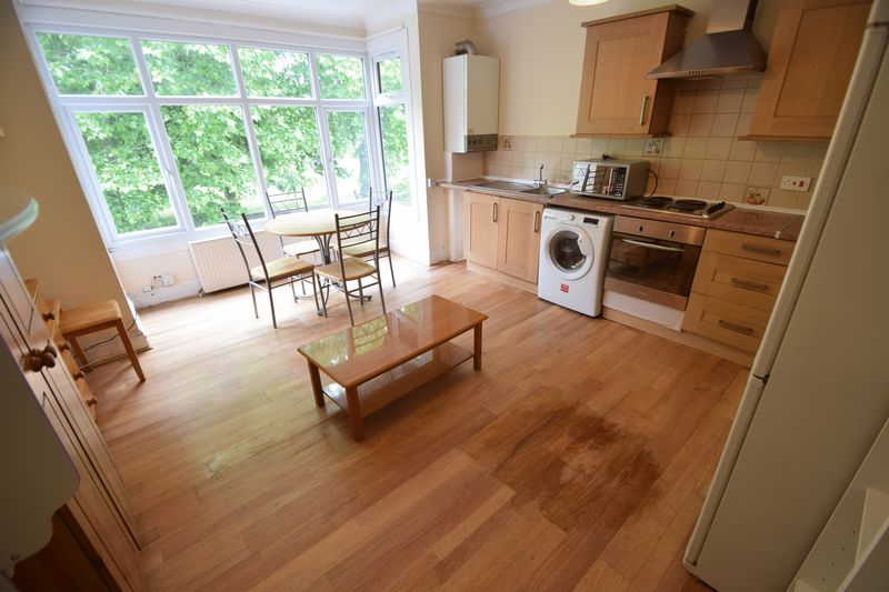 1 bedroom Flat to rent in 137 - 139 New Bedford Road, Luton - Photo 7