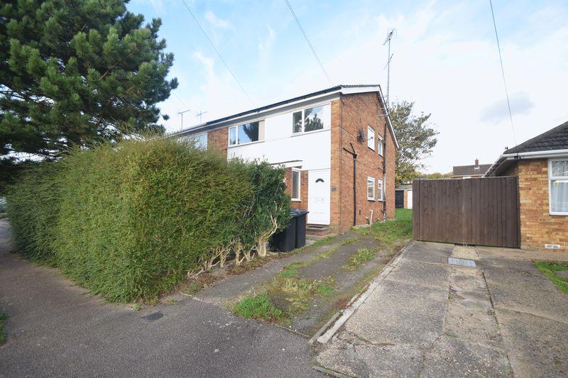 2 bedroom Maisonette to buy in High Beech Road, Luton