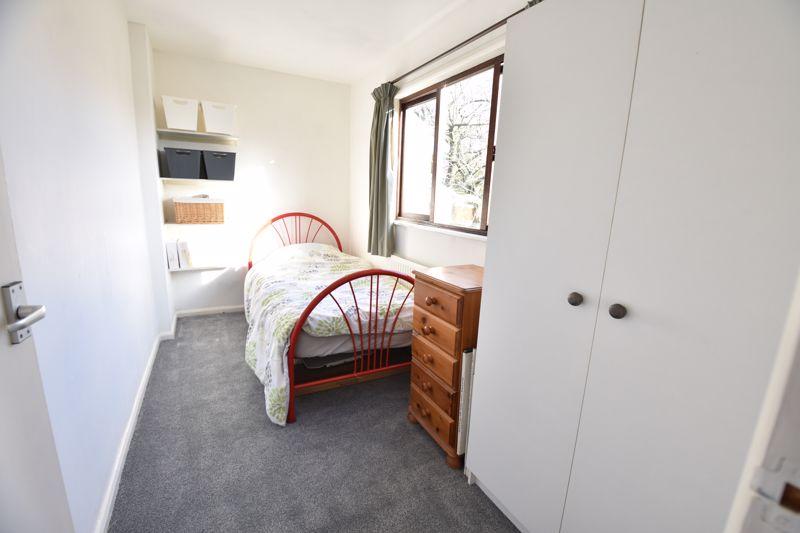 4 bedroom  to buy in Dunstable Road, Caddington - Photo 17