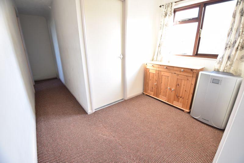 4 bedroom  to buy in Dunstable Road, Caddington - Photo 19