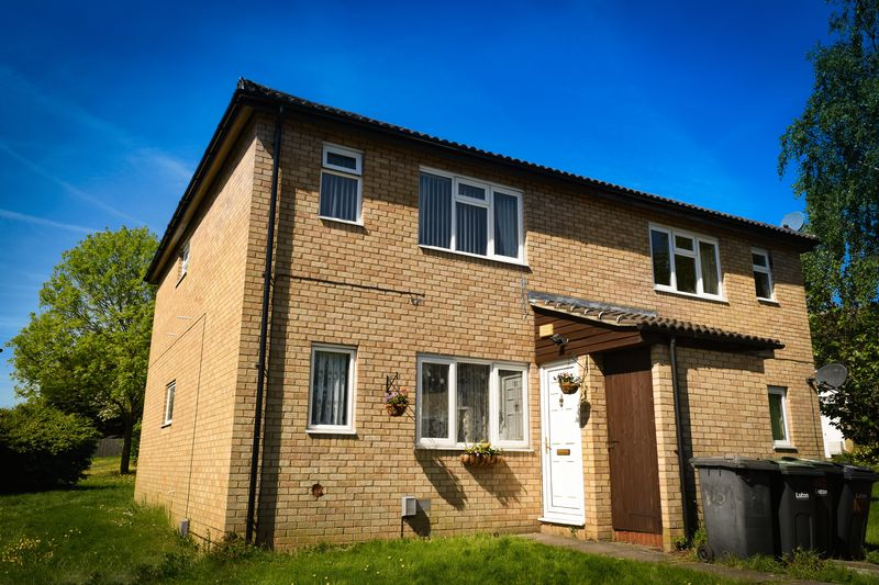 1 bedroom Maisonette to buy in Repton Close, Luton