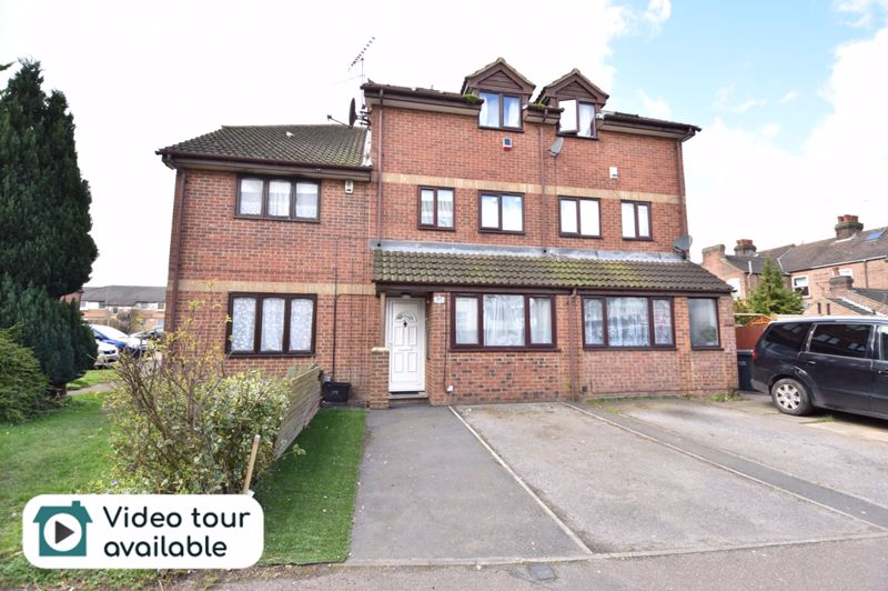 4 bedroom  to buy in Biscot Road, Luton