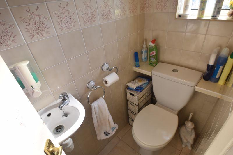 3 bedroom Semi-Detached  to buy in Birdsfoot Lane, Luton - Photo 2