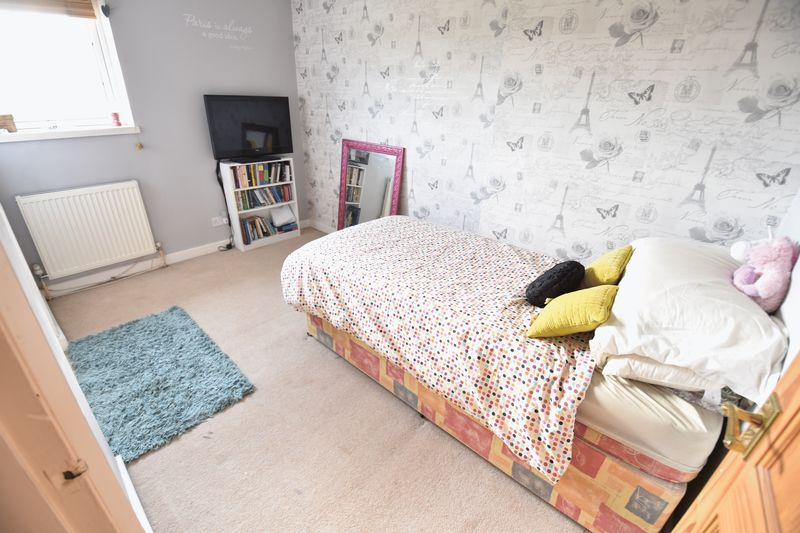4 bedroom End Terrace to buy in Luton Road, Luton - Photo 21