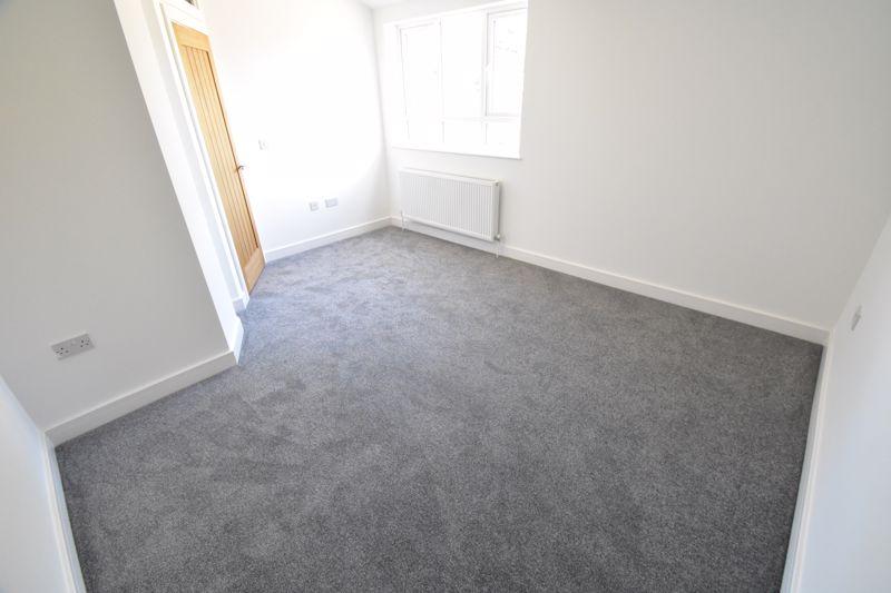 1 bedroom Maisonette to buy in Kingham Way, Luton - Photo 5