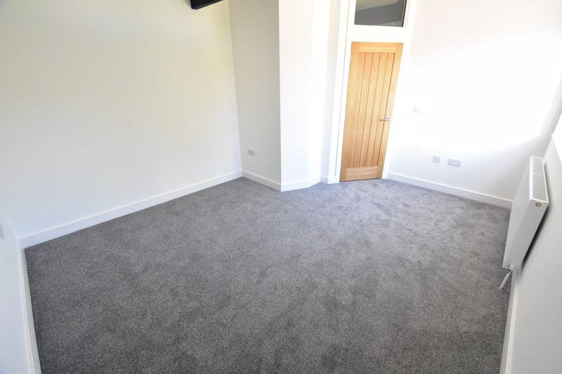 1 bedroom Maisonette to buy in Kingham Way, Luton - Photo 6
