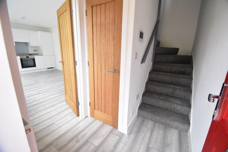 1 bedroom Maisonette to buy in Kingham Way, Luton - Photo 16