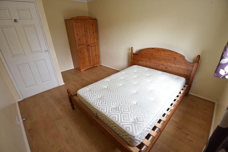 1 bedroom Apartment / Studio to rent in Dumfries Street, Luton - Photo 3