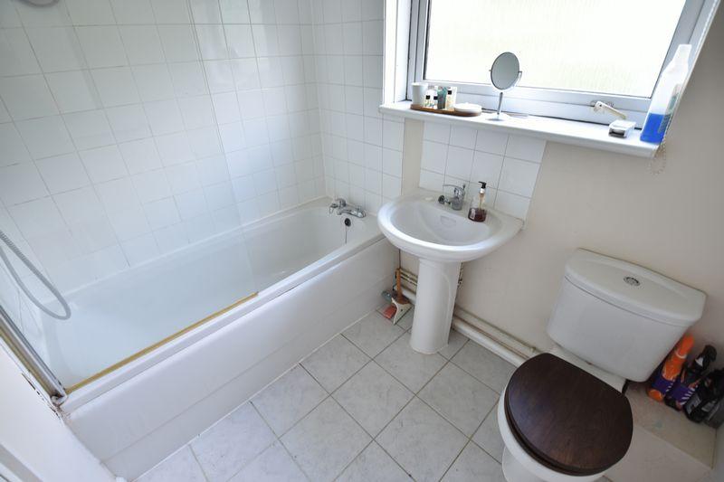 1 bedroom Apartment / Studio to rent in Dumfries Street, Luton - Photo 5