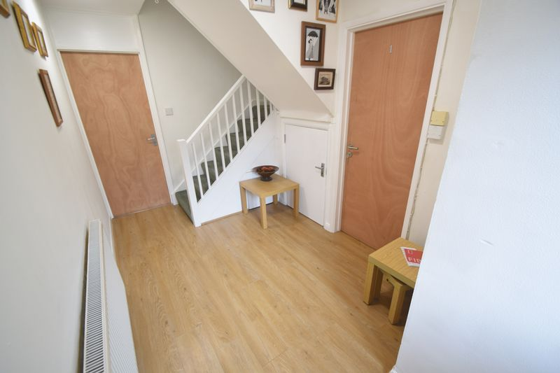 5 bedroom Mid Terrace to rent in Trowbridge Gardens, Luton - Photo 23