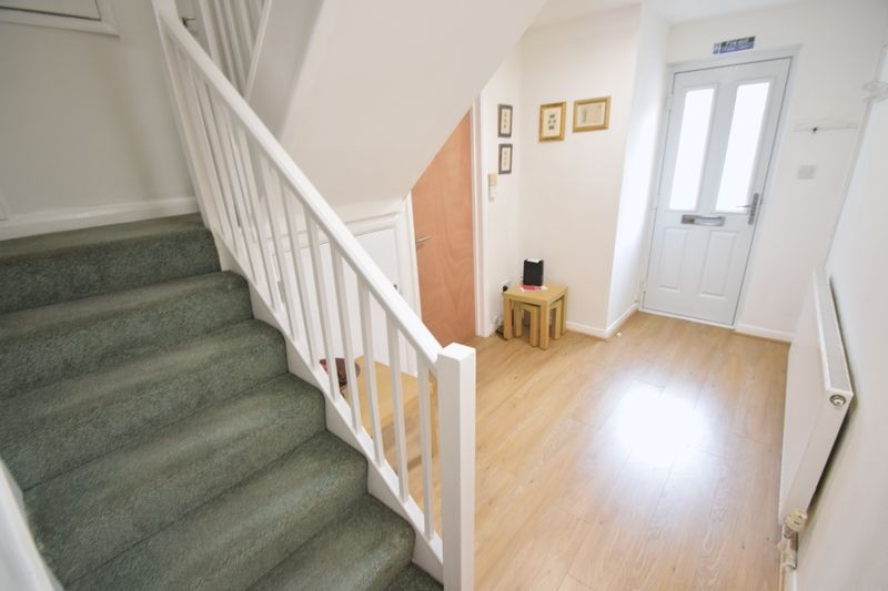 5 bedroom Mid Terrace to rent in Trowbridge Gardens, Luton - Photo 24