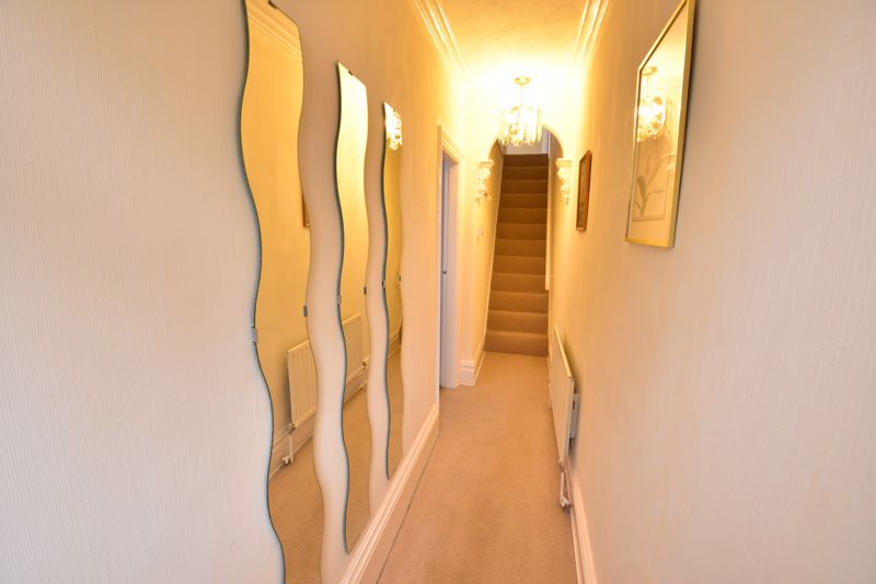 3 bedroom  to buy in Limbury Road, Luton - Photo 10