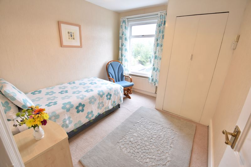 3 bedroom  to buy in Limbury Road, Luton - Photo 16