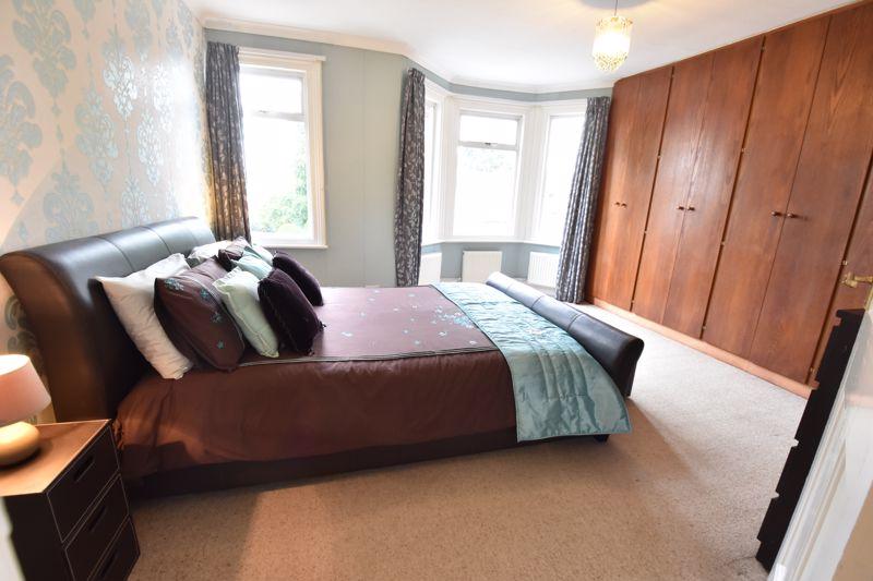 3 bedroom  to buy in Limbury Road, Luton - Photo 17