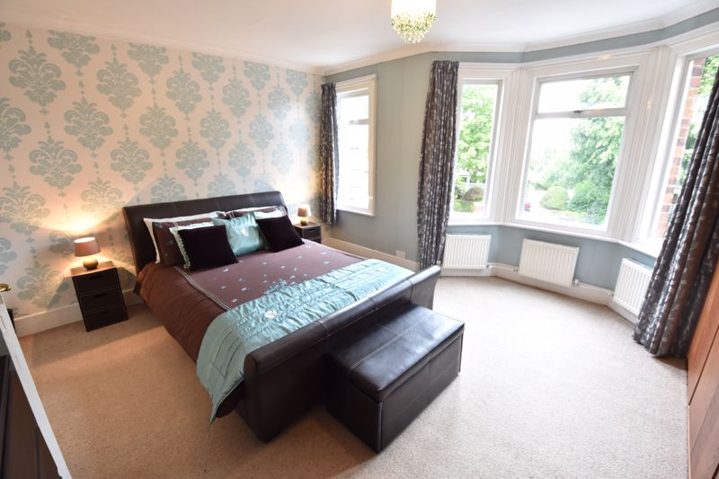 3 bedroom  to buy in Limbury Road, Luton - Photo 18