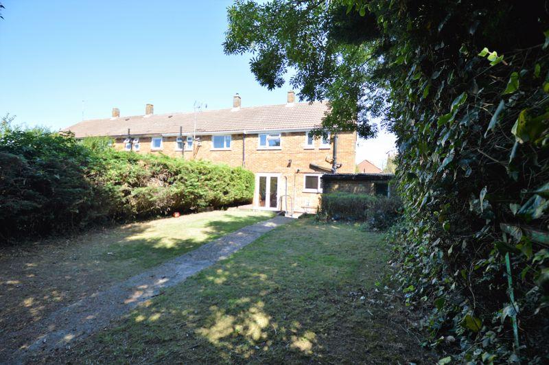 3 bedroom End Terrace to buy in Littlefield Road, Luton - Photo 5