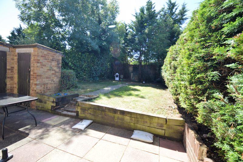 3 bedroom End Terrace to buy in Littlefield Road, Luton - Photo 6