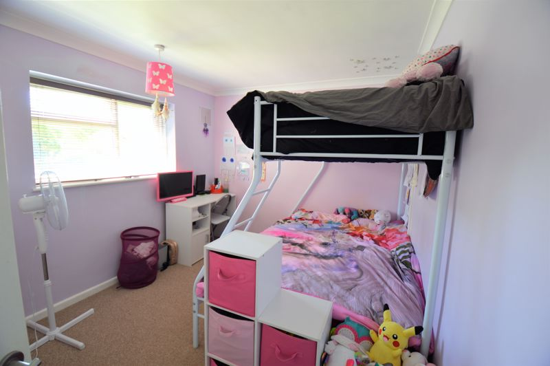 3 bedroom End Terrace to buy in Littlefield Road, Luton - Photo 8