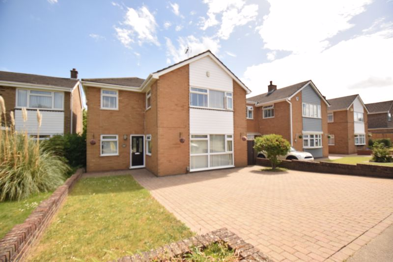 4 bedroom Detached  to buy in Putteridge Road, Luton