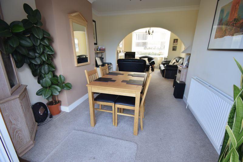 3 bedroom End Terrace to buy in Winch Street, Luton - Photo 3