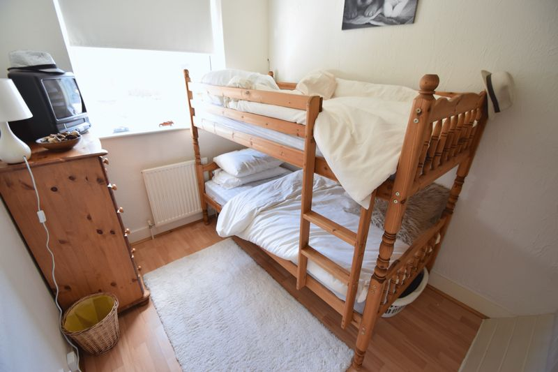 3 bedroom End Terrace to buy in Winch Street, Luton - Photo 7
