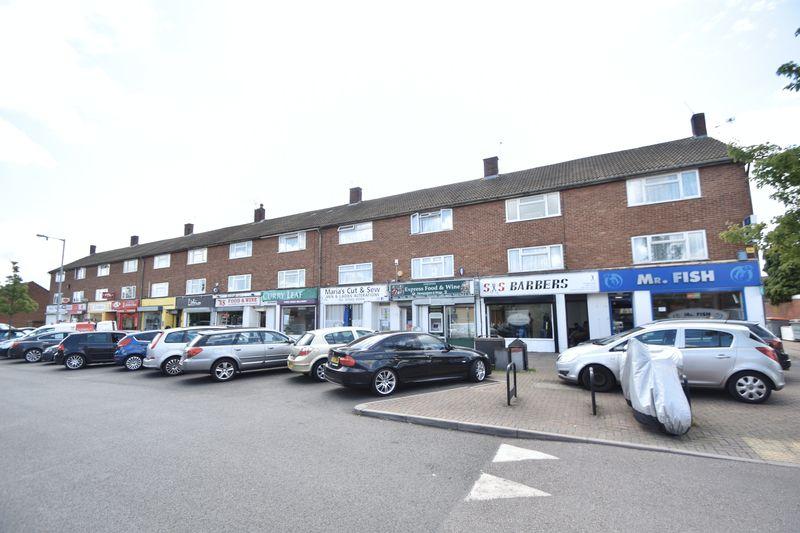 2 bedroom Maisonette to rent in Lyneham Road, Luton