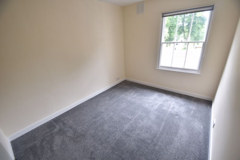 1 bedroom Flat to rent in Old Park Road, Hitchin - Photo 6