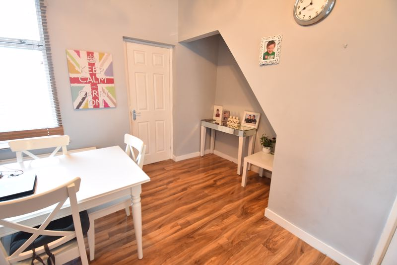 3 bedroom End Terrace to buy in Harcourt Street, Luton - Photo 5