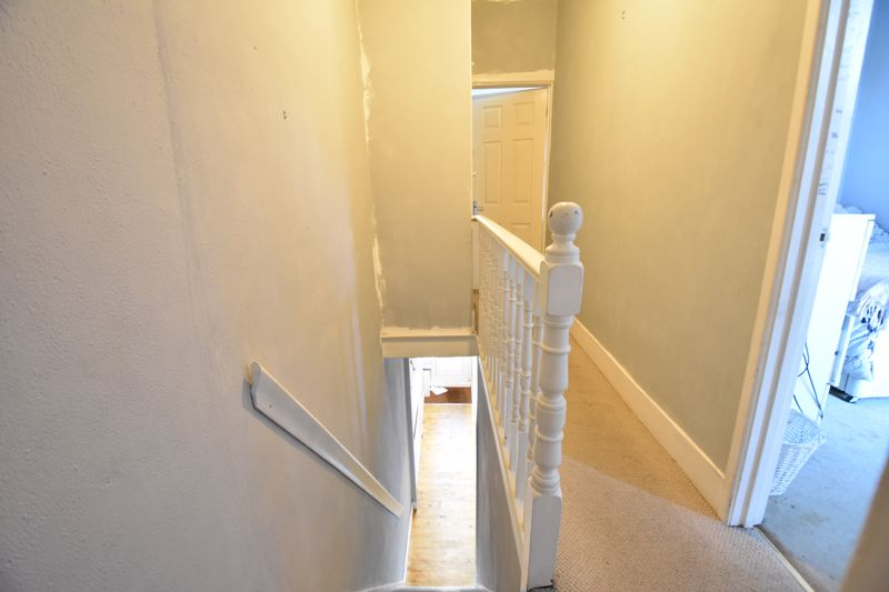 3 bedroom End Terrace to buy in Harcourt Street, Luton - Photo 10