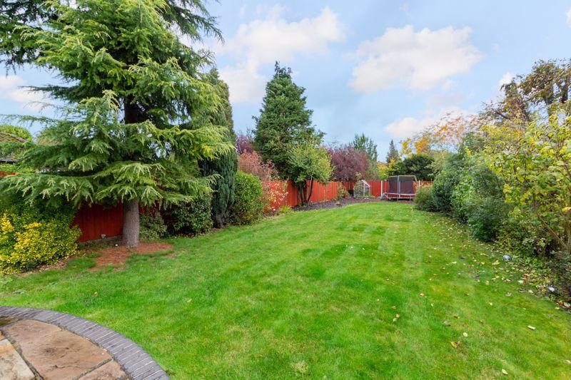 4 bedroom Semi-Detached  to buy in Marston Gardens, Luton - Photo 2