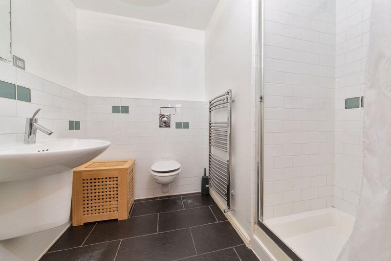 4 bedroom Semi-Detached  to buy in Marston Gardens, Luton - Photo 13