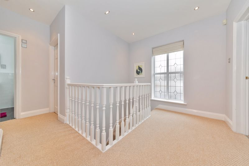 4 bedroom Semi-Detached  to buy in Marston Gardens, Luton - Photo 14