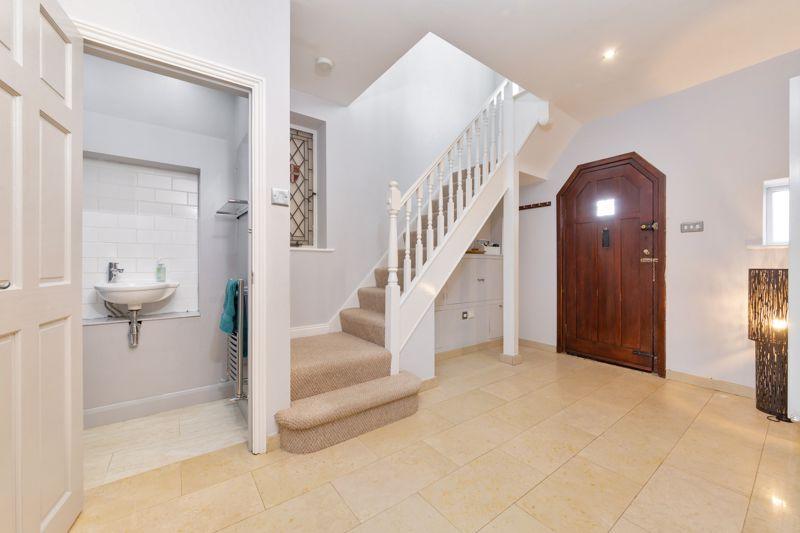 4 bedroom Semi-Detached  to buy in Marston Gardens, Luton - Photo 20