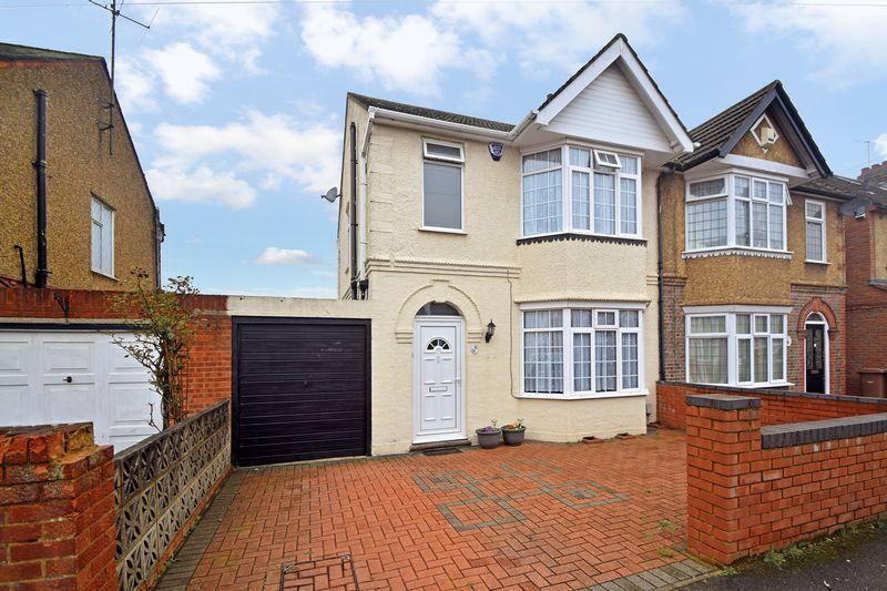 3 bedroom Semi-Detached  to buy in Culverhouse Road, Luton