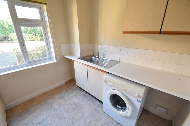 1 bedroom Flat to rent in Hitchin Road, Luton - Photo 2