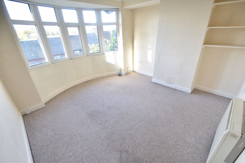 1 bedroom Flat to rent in Hitchin Road, Luton - Photo 4